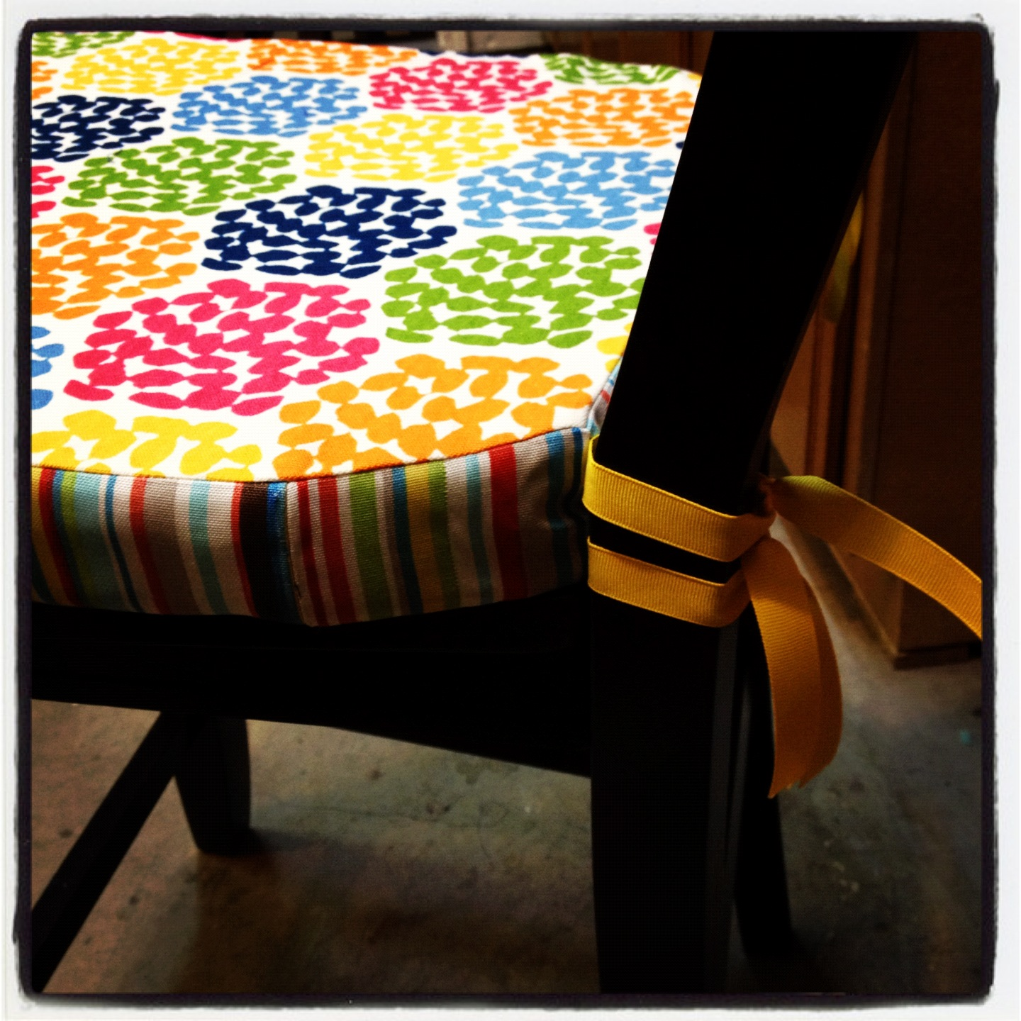 somewhere to sit diy seat cushion pinsandpetals