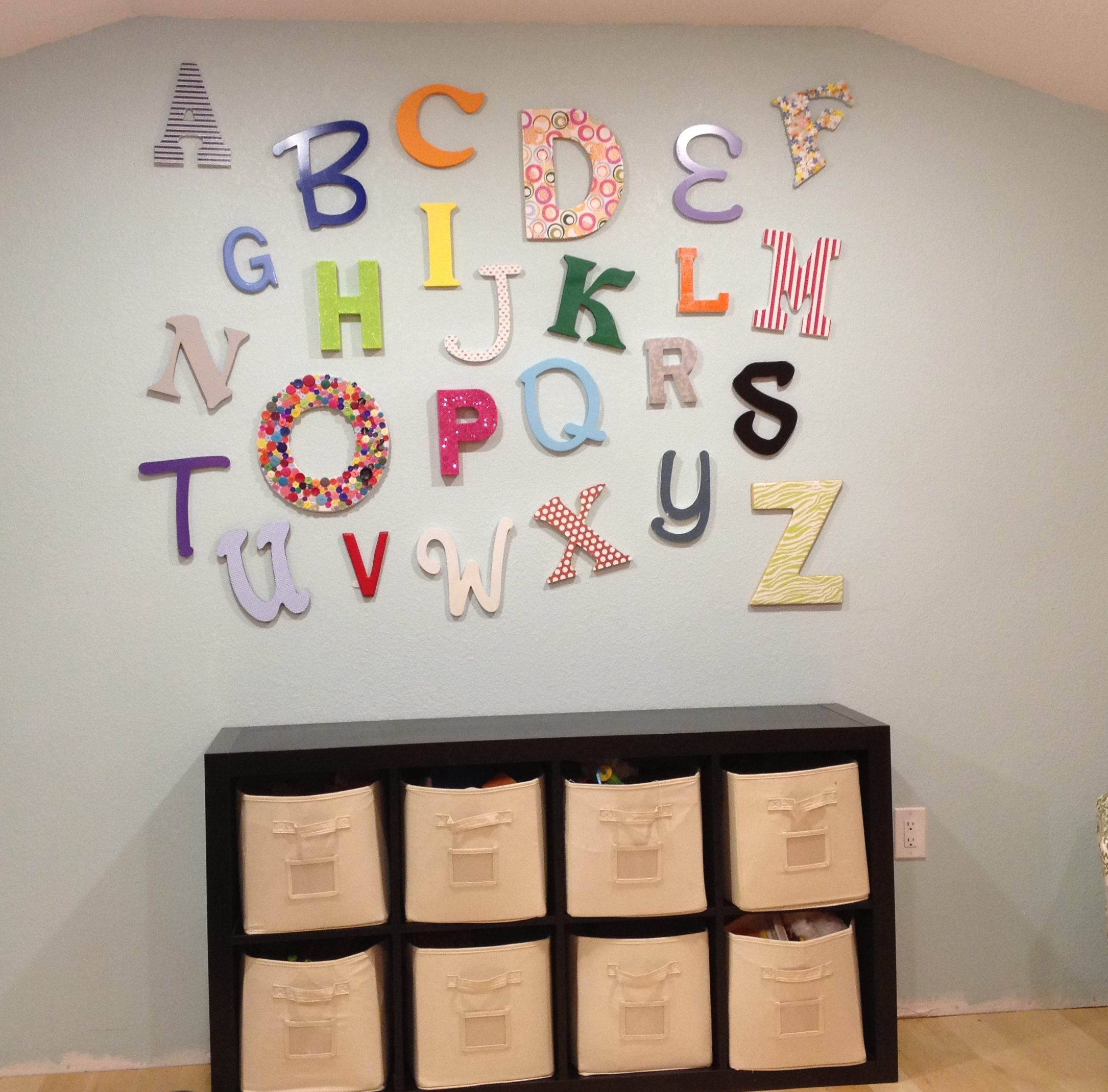 Playroom alphabet wall diy playroom decor pinsandpetals for Kids room wall decor